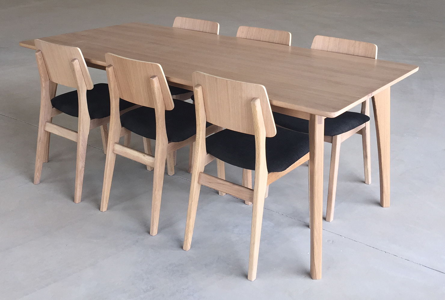 Fargo dining set