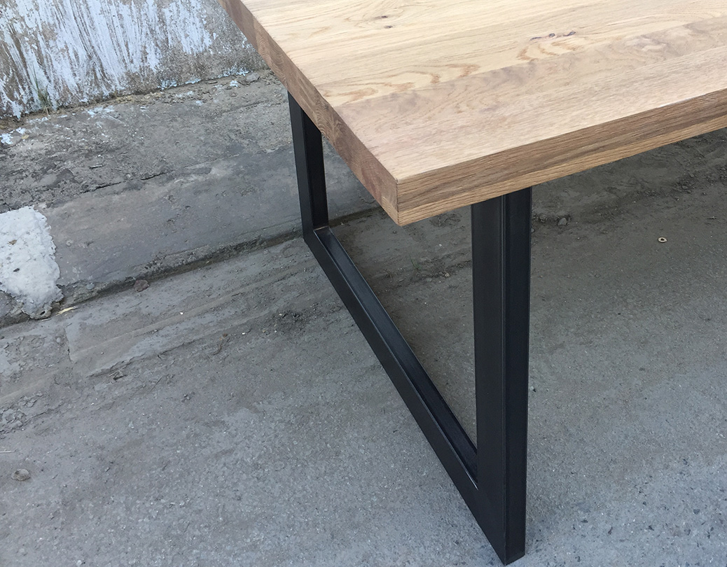Fedo dining table